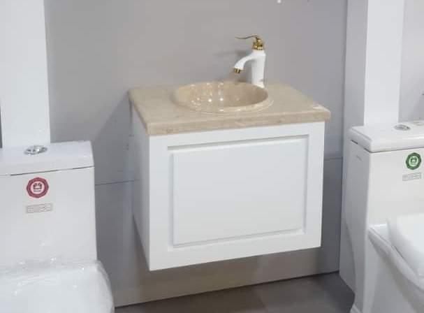 روشویی کابینتی ساده بدون پایه سفید